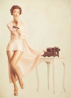 High-Tech-Retro-Pin-Ups-4