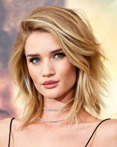 Most Beautiful Layered Hair Cuts To Light You Up Medium Layered Hair, Short Hair With Layers, Short Hair Cuts, Long Layered, Short Hairstyles 2015, Bob Hairstyles, Asymmetrical Hairstyles, Wedding Hairstyles, Medium Hair Styles
