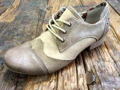 Mustang Schuhe in Übergrößen bei schuhplus - Ausblick auf die neue Kollektion in 2015 bei @schuhplus. Damenschuhe in Übergrössen sowie Herrenschuhe in Übergrössen. #schuhplus #übergrössen #fashion #schuhe