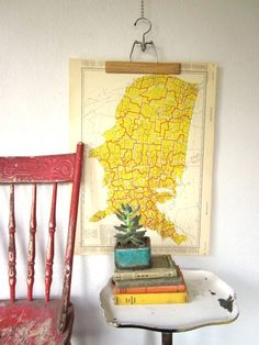 Vintage Trading Area Map United States great use of vintage hangers House Design Photos, Cool House Designs, Home Design, Interior Inspiration, Design Inspiration, Interior Ideas, Modern Interior, Design Ideas, Area Map