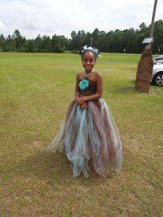 My diy flower girl and ring princess dresses :  wedding brown ceremony diy dress teal tiffany blue Fg1