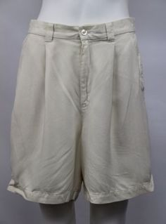 15.83$  Watch now - http://viosf.justgood.pw/vig/item.php?t=d5u6iz335854 - Tommy Bahama Womens Size 10 Beige Ivory 100% Silk Pleat Front Dress Shorts