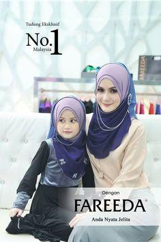 Mother and Child Muslim Fashion, Hijab Fashion, Beautiful Hijab Girl, Islamic Clothing, Muslim Couples, Niqab, Mother And Child, Hair Pins, Dress Muslimah