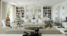 Between Contemporary and Classical Interior 29 Interior Design Career, Interior Design Living Room, Interior Decorating, Beach Living Room, Living Room Decor, Living Rooms, Miami Houses, White Decor, Great Rooms