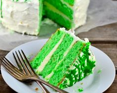 Green Velvet Cake on Pinterest | Velvet Cake, Purple Velvet Cakes ...