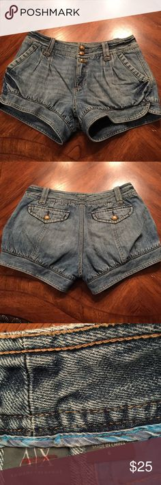 "Armani Exchange sz6 bloomer style jean shorts Good used condition Armani Exchange sz6 bloomer style jean shorts...3"" inseam.. A/X Armani Exchange Shorts"