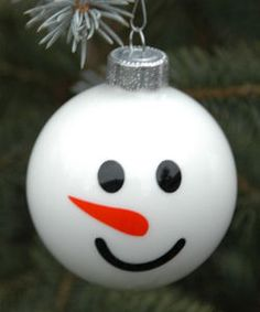 Embroidery Garden: December 2009 - This site has some cute crafts using the Cricut