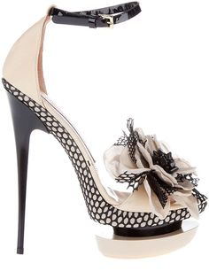 #GianmarcoLorenzi Corsage Detail Sandal on sale at @Farfetch for $830 but only one size left : (