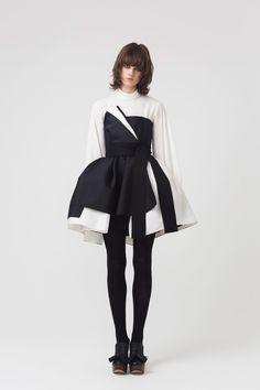 Dice Kayek Fall 2018 Ready-to-Wear Fashion Show Collection