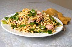 10 minutters middag – sunn pasta medtunfisk. Denne enmannsmiddagen lager du på én kokeplate og det er 10 andre gode grunner til at du bør spise den!