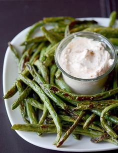 Roasted Green Bean Fries with Creamy Dipping Sauce