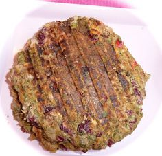 Pink-Vegan: Bean Broccoli Quinoa Veggie Burger