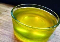 """O ghee (lê-se """"gui"""") é um produto feito a partir da purificação da manteiga."""