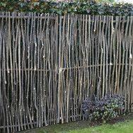 game fence out of hazelnutbranches - Sichtschutz Haselnußholz | Gartenausstattung