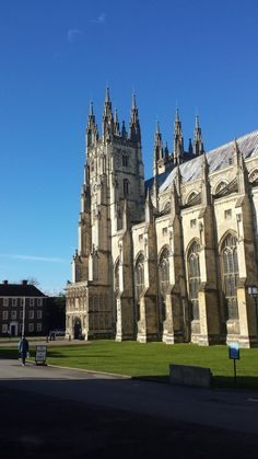 Who knew where you lived could be so beautiful? #Canterbury #Cathedral #Architecture