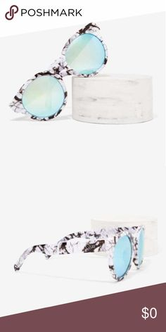 """NEW Quay High Emotion Marble Sunnies Put your hearts up for these babies. The High Emotion Shades by Quay come in black and white marble and feature a rounded silhouette and blue-green iridescent shades.  〰New With Tags 〰Synthetic Materials 〰6""""/15.2cm width 〰2.2""""/5.5cm height 〰Imported Quay Australia Accessories Sunglasses"""