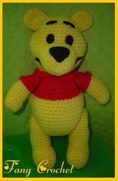 Fany Crochet: Winnie the Pooh Mide 25cm de parado.     El patron...
