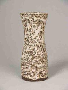 Lucie Rie vase  1966/67  Keramiekmuseum Princessehof