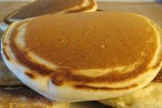 Pour le petit dejeuner ce matin : Pour 16 pancakes 125g de farine 250g de lait de noisettes 1 oeuf 1 CS de sucre en poudre 1 CS d'huile 1 pincée de sel 1/2 sachet de levure Mettre tous les ingrédients dans le thermomix et mixer 20s vit 4. Laisser reposer...
