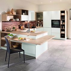 Trouvez l'inspiration et découvrez nos cuisines pour tous les budgets et styles