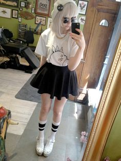 Pastel goth, nu goth, soft grunge, accessories, pastel, hair, scene style, fashion