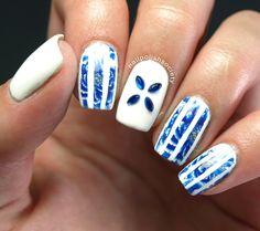 Nail Polish Society>> #31DC2014 Day 12: Stripes and Blue Floral
