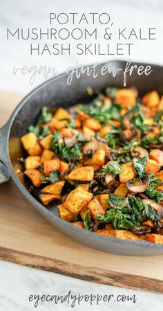 Potato, Mushroom and Kale Hash Skillet | Vegan | Gluten-Free via @eyecandypopper