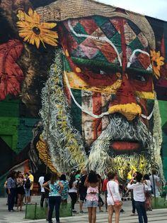 Boulevard Olímpico. Pedaço do painel ETNIAS, do artista brasileiro Eduardo Kobra #rio2016 - Photo by Carol Monroy