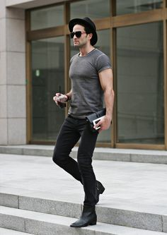 CASUAL SKINNY FIT BLACK JEANS #strunway