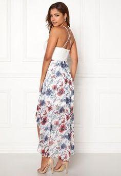 Bubbleroom - Sko & Klær på nett Summer Dresses, Fashion, Moda, Summer Sundresses, La Mode, Fasion, Summer Clothes, Fashion Models, Summertime Outfits