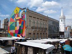 Feira do Largo da Ordem- Curitiba, Brazil  acontece todo domingo pela manhã