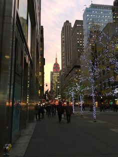New York Life, Nyc Life, City Aesthetic, Travel Aesthetic, Visit New York, Parks In New York, New York Weihnachten, Billie Holiday, Autumn In New York