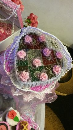 Order from Qharezz - Sejadah folded into love shape