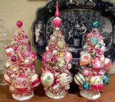 3 Vintage Bottle brush trees Pretty enough to eat! Mrs. Bingles Vintage Christmas again. I loves Mrs Bingle.