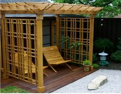 A pergola is an outdoor structure providing a large shaded area. Some valuable tips for building a pergola include selecting a design and looks good in the space. Pergola Cost, Building A Pergola, Backyard Gazebo, Pergola Canopy, Modern Backyard, Outdoor Pergola, Pergola Shade, Pergola Plans, Pergola Ideas