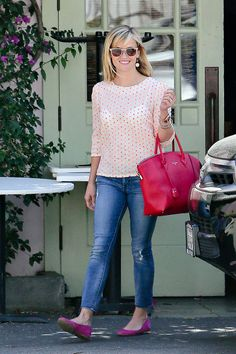 Work/Office Outfit . Celebrities Jean Queens: Reese Witherspoon