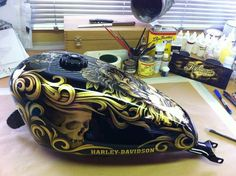 Motorcycle tank paint