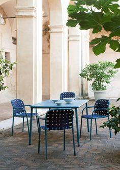 Outdoor furniture: dining al fresco, Yard chair, Stefan Diez, Emu, 2015