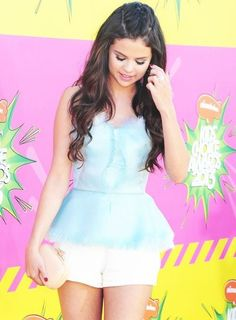 Flawless and love Selena's outfit