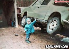 Chuck Norris steals pics of young Superman. He's that crazy. Chuck Norris Memes, Funny Babies, Funny Kids, The Funny, Gym Humor, Workout Humor, Fitness Humor, Funny Fitness, Fitness Fun