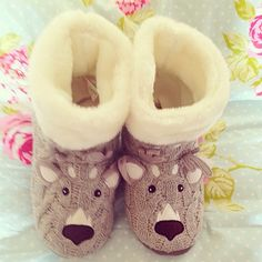 I don't really wear house shoes around my house but these are so cute, I want them. Fuzzy Slippers, Winter Slippers, Pajamas All Day, Peep Toe, Cute House, Slipper Boots, Getting Cozy, Sock Shoes, Warm And Cozy