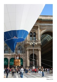 Balloon in Milan.