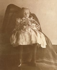 Victorian Post-Mortem Photographs from the 1800's 1900's