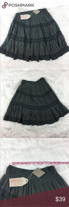 Anthropologie Edme & Esyllte Grey Swing Skirt Anthropologie Edme & Esyllte grey swing skirt. Size extra small and it is 21' long. NWT but does have a few spots that need to be washed or from storage. Fully lined.  ❌I do not Trade 🙅🏻 Or model💲 Posh Transactions ONLY Anthropologie Skirts Mini