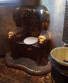 Funny pictures about Behold this glorious throne. Oh, and cool pics about Behold this glorious throne. Also, Behold this glorious throne. Toilette Design, My Dream Home, Future House, Wicker, Sweet Home, Room Decor, Interior Design, Interior Decorating, Decorating Ideas