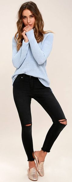 Long sleeved (raglan) light blue shaker stitch sweater worn with busted knee black jeans and metallic mules. Cozy. Style Planet