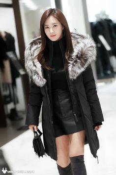 Yuri - 161115 Mackage K-Star Launch Event Snsd, Sooyoung, Yoona, Kim Hyoyeon, Yuri Girls Generation, Girl's Generation, Jessica Jung, South Korean Girls, Korean Girl Groups