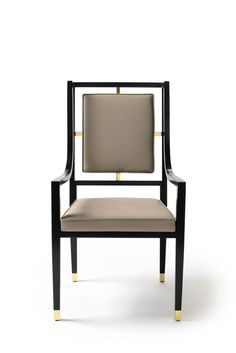 Versace Home - Via Gesu' Collection Versace Furniture, Luxury Furniture, Modern Furniture, Furniture Design, Casa Versace, Versace Home, Furniture Upholstery, Dining Furniture, Furniture Dolly