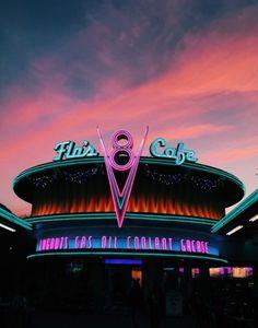 See more of hannahhvic's VSCO. Neon Aesthetic, Disney Aesthetic, Aesthetic Collage, Aesthetic Vintage, Retro Wallpaper, Aesthetic Iphone Wallpaper, Disney Wallpaper, Aesthetic Wallpapers, Photo Wall Collage