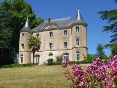 Château de Lavaud. Chambre d'hôtes Montbron -